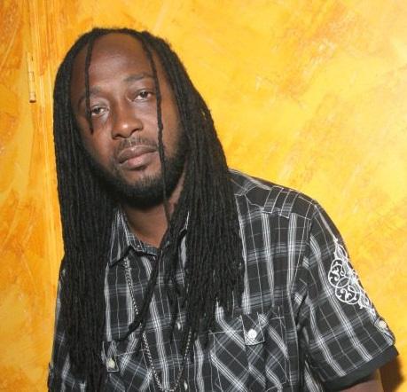 Flourgan-Reggae-Artist-e1578109294888.jpg